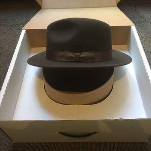 Orvis Accessories - ORVIS - Packable Felt Wool Fedora Brown Hat 83f838499b2d